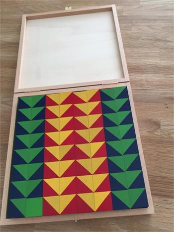 Holzschachteln zu grossen Würfeln 2,5 x 2,5 cm
